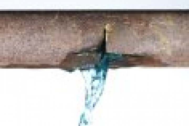 Reliable Plumbing and Roofing Service Leaking Pipes 720 480